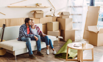 How to organize an apartment move with someone else's hands